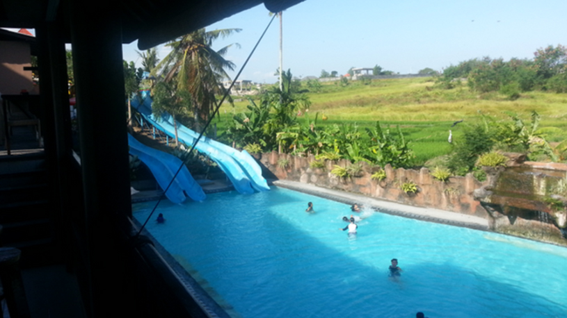 Satu Lagi Poolside Bar via The Bali Bible